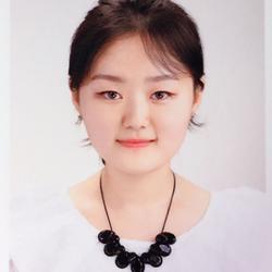 韩语高级(六级)证书,听力分数92,满分100. 英语六级457分。