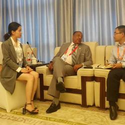 中国-小岛屿国家海洋部长圆桌会议,担任陪同翻译。期间临时有记者采访,担任交替传译