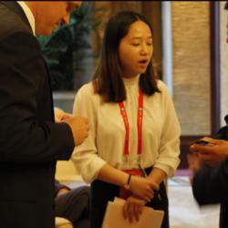 [ 中国廊坊·国际经济贸易洽谈会 ] 美方代表与廊坊书记、市长,三河市书记、市长会晤,本人担任会议翻译工作
