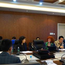 南京大学学术报告《远程患者监控系统》、《远程医疗技术设备》现场口译
