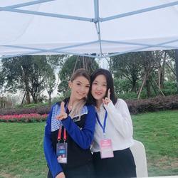 擔任2018國際乓聯女子世界杯球員天府綠道行斯佐克斯的陪同譯員