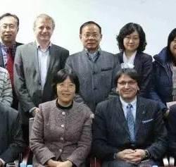 上海闵行区工会大楼为总部位于瑞士的欧盟总工会(IndustriAll)人员、比利时索尔维集团主管劳资关系及可持续发展的若干高管及闵行和莘庄工会主席三方之间的会议提供交传口译。